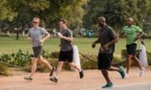 Zuckerberg te reta a correr 1.6 kilómetros todos los días | Corredor Popular | Scoop.it