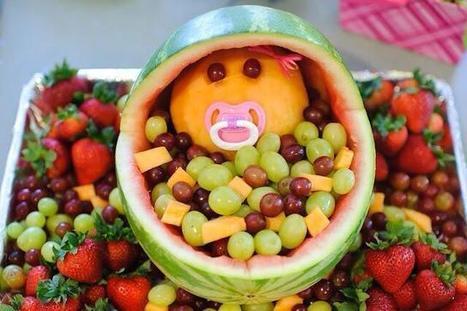 Twitter / YummyyyinTummys: Baby bassinet fruit salad.Great ... | New Baby | Scoop.it