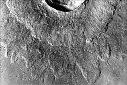 IJs veroorzaakte dubbellaagse kraters op Mars - New Scientist | KAP-BuysE | Scoop.it