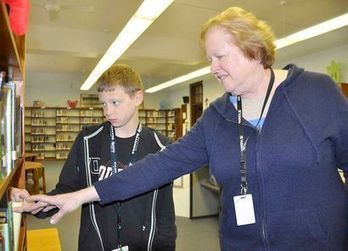 Hopkins shares librarian skills at five schools - Fort Dodge Messenger | HS library | Scoop.it
