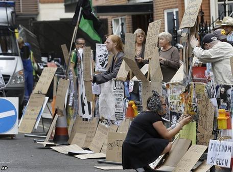 Julian Assange, el caso Pinochet y los límites de la democracia británica   Noticias LFA   Scoop.it