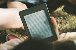 Met deze 10 boeken ga je mediawijs de zomer in | ICT en Onderwijs | Scoop.it