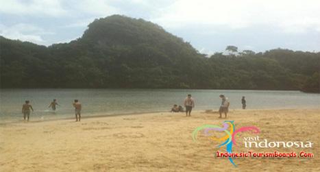 Sempu Island Undiscovered Secret Lagoon - Indonesia Tourism Board | Dwell Articles | Scoop.it