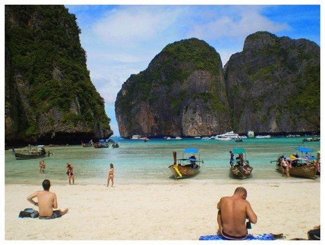 One day Phi-Phi Island by speed boat | Discover amazing Thailand | Scoop.it