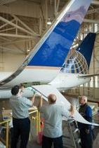 United Airlines is the First to Fly with New, Fuel-Efficient Split Scimitar Winglets - Feb 19, 2014 | EcoFriendlyFlying | Scoop.it