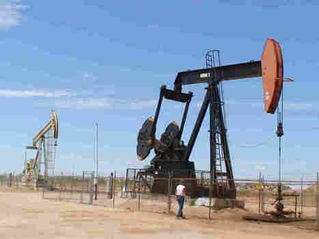 Chinese Firm Plans $1.3 Billion Purchase Of Texas Oil Lands : The Two-Way : NPR | Texas Coast Real Estate | Scoop.it