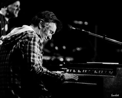"Steve Winwood nails high notes at the Fox | Atlanta Arts and Culture Blog | Buffy Hamilton's Unquiet Commonplace ""Book"" 