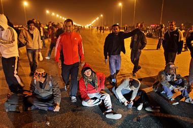 Mubarak's Son Flees Egypt, Police Fallback from Suez | Coveting Freedom | Scoop.it