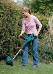 Bosch ART 23 Accu Cordless 18 Volt Grass Trimmer Review | Best cordless strimmers | Scoop.it