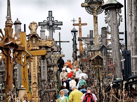 The mysterious hill of crosses in Lithuania | Interesting fun stuffs | Scoop.it