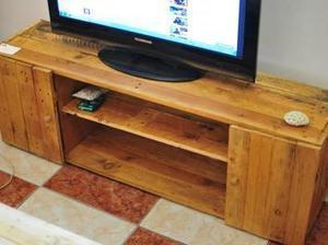 Meuble tv bois de palettes diy diy palettes - Meuble tv diy ...
