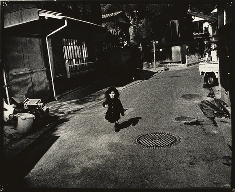 ArtAsiaPacific : Ishiuchi Miyako Postwar Shadows | The Blog's Revue by OlivierSC | Scoop.it