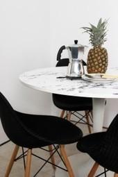 Tuto | Customiser ses meubles avec de l'adhésif marbre | décoration & déco | Scoop.it