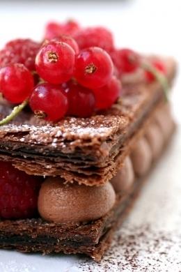 Ricette dessert: millefoglie con crema al cioccolato | Ricette ... | Il mio lato più dolce | Scoop.it