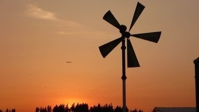 Portable Wind Turbines Bring Renewable Energy To Cities - EarthFix | Energy | Scoop.it