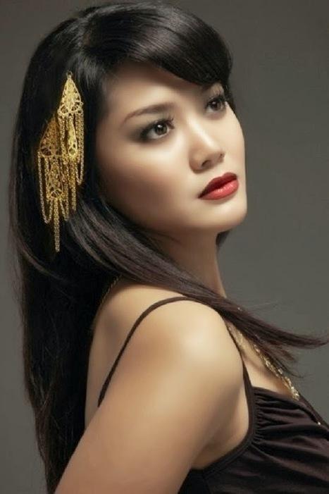 Indonesian beautiful Actress Ajeng Kartika | Celebrity Girls Photo Gallery | cute girls picture | Scoop.it