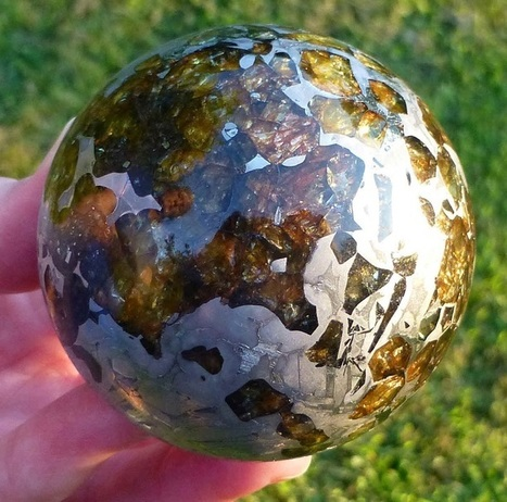 Brilliant Polished Meteorite Offers a Fascinating Look at the Making of Earth | Le It e Amo ✪ | Scoop.it