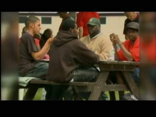 Milwaukee group hosts Memorial Day picnic for the homeless | Homeless Shelter Makeovers | Scoop.it