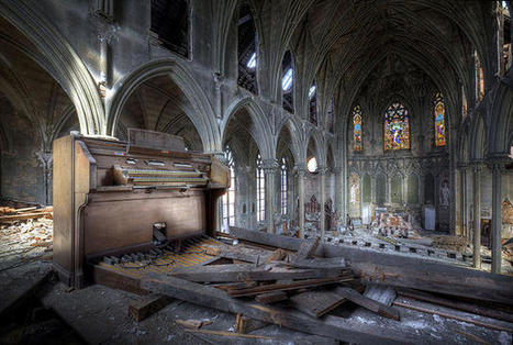 These Photos Reveal The Hidden Beauty In Abandoned America | Real Estate Plus+ Daily News | Scoop.it