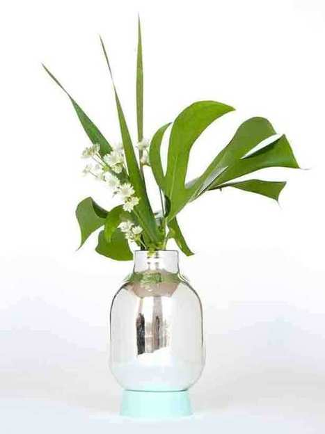 Turning it On Upside Down: Flask Vase and Light | Urban Gardens | Sustainibility | Scoop.it