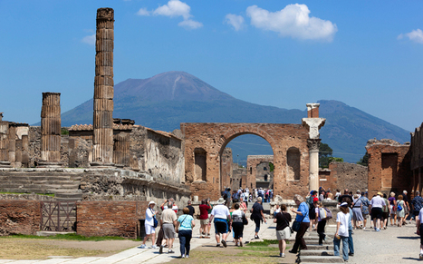 Pompeii's pilferers punished with a curse from the gods | Mundo Clásico | Scoop.it