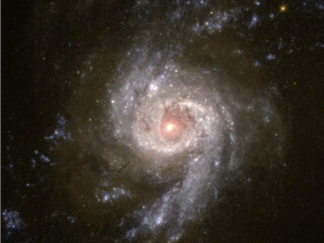 A three-way collision of galaxies has given birth to a monstrous black hole | Environnement Et Faune | Scoop.it