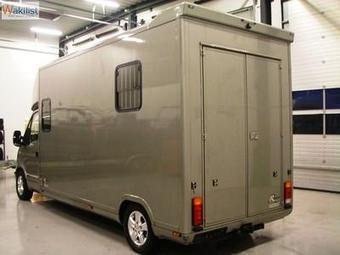 Camion bétaillere 2 chevaux couleur beige | Location Immobilière de vacance | Scoop.it