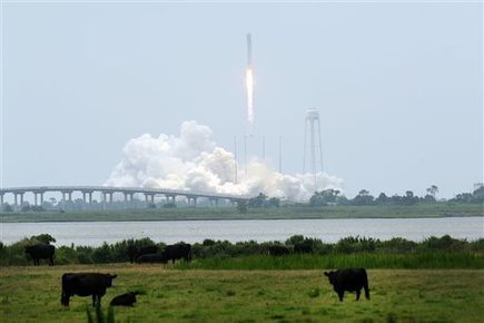 Space station shipment launched from Virginia | leapmind | Scoop.it