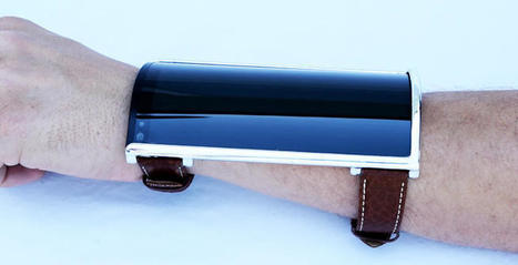 This bizarre bendable phone Wears like a shirtsleeve | Mobile Business News | Scoop.it