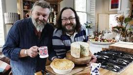 Hairy Bikers  Recipes : Pecan toffee cheesecake | hospitality | Scoop.it