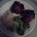 Orange glazed chicken  steamed rice & brocoli. Love my moms cooking. #fb - via @CMTowns | ~ * ~ Family & Friendship & Food ~ * ~ | Scoop.it