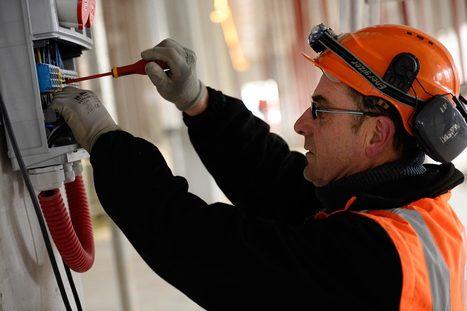 Risque électrique : du nouveau pour l'habilitation spécifique aux travaux sous tension | Elan Bâtisseur | Scoop.it