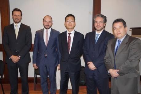 Empresarios coreanos interesados en posconflicto y erradicación de la pobreza | Un poco del mundo para Colombia | Scoop.it