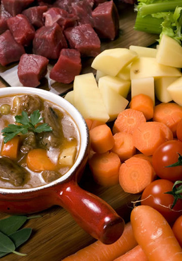 Hearty Crockpot Beef Stew with Tomatoes   Amazing Soup Recipes   Amazing Soup Recipes   Scoop.it