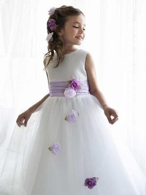 How to select a fabulous flower girl dress? | Boys Communion Suits | Scoop.it