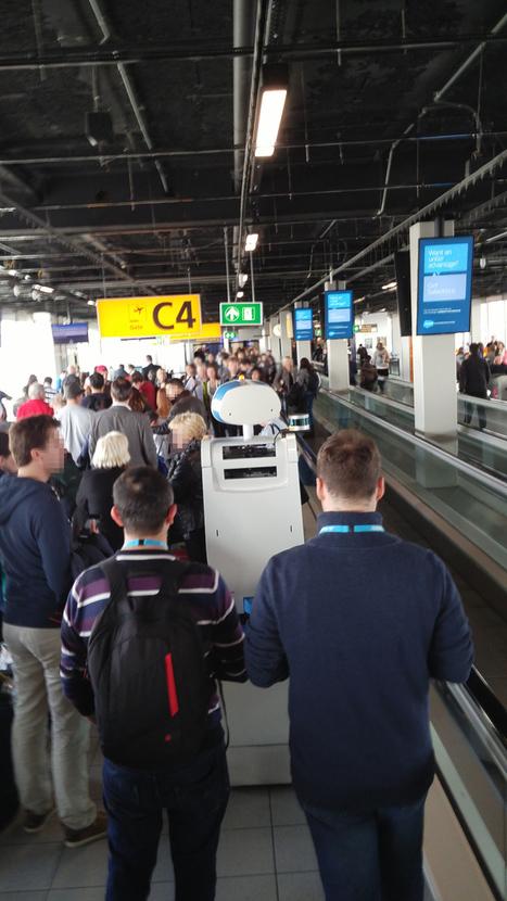 Le robot-guide de KLM pourrait bientôt arriver dans les aéroports - H+ MAGAZINE | Jaclen's technologies | Scoop.it