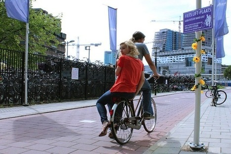 Pedestrians Hitchhike For Rides On Passing Bicycles - PSFK | Idées d'ailleurs | Scoop.it