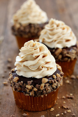 Toffee Crunch Cupcake Cupcake | Cakes & Bakes | Scoop.it