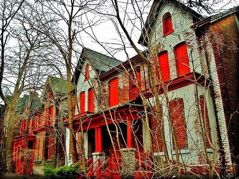 Public Works: Crowdsourcing a Map of Urban Decay - Detroit Blight Removal Task Force | The Programmable City | Scoop.it