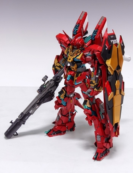 [Modelers-G] MG 1/100 Unicorn Gundam 03 Neo Zeon Full Frontal - Customized Build | E-multiverse | Scoop.it