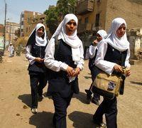 Egypte : une enseignante punit deux élèves non voilées en coupant leurs cheveux | Égypt-actus | Scoop.it