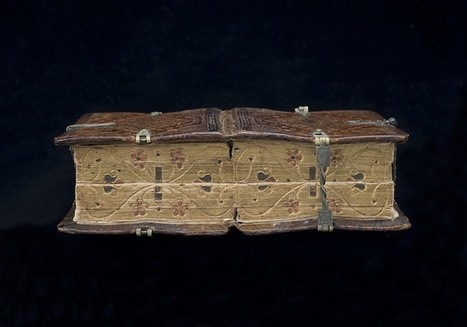 16th Century Book Can Be Read Six Different Ways | Archivance - Miscellanées | Scoop.it