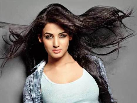 Maxabout: Sonal Chauhan | Maxabout Images & Wallpapers | Scoop.it
