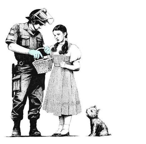 Banksy British Graffiti Artist Creates Art with a Social Message | ResourcesForLife.com | Banksy - Street Artist | Scoop.it