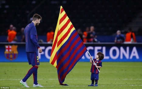 Pique plants Catalan flag in pitch as Barcelona win Champions League - Dailymail | AC Affairs | Scoop.it