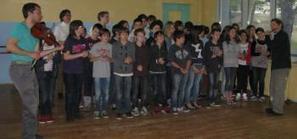 Gramat. Les jeunes ont parlé, chanté et dansé occitan | Autour de Carennac et Magnagues | Scoop.it