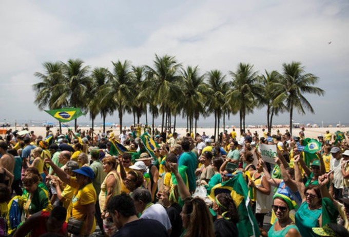 Anger Bubbles Up Against Brazilian President - New York Times | real utopias | Scoop.it