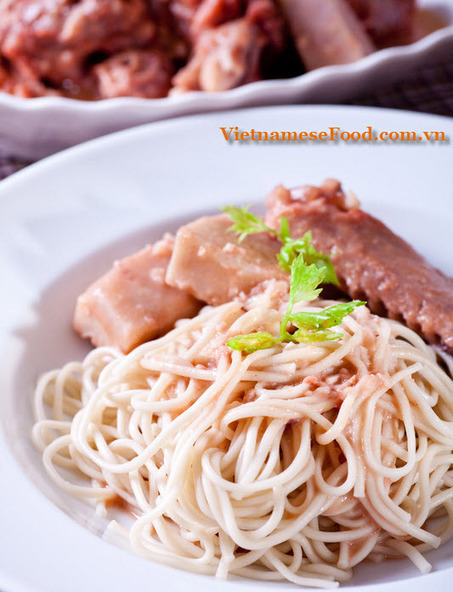 Duck Meat and Soybean Paste Soup Recipe (Vịt Nấu Chao) | Food | Scoop.it