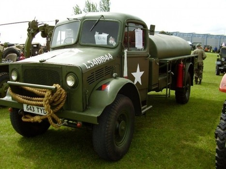 Bedford OYC fuel tanker – Walk Around | History Around the Net | Scoop.it