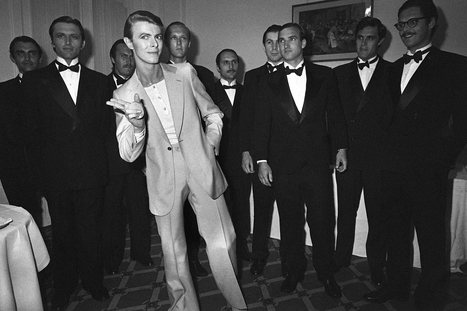 David Bowie Through The Years: Photos Of The 'Ziggy Stardust' Singer Performing And More | B-B-B-Bowie | Scoop.it